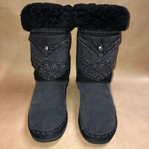 Ugg Australia Size 8 Tall Boot 5815 Designer